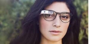 google glass 300x148 Les lunettes améliorées, histoire de lancements râtés