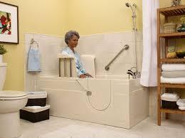 baignoire a porte Crédit dimpôt pour les propriétaires bailleurs qui font des travaux daides à la personne