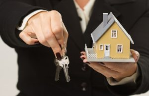 proprietaire gestion locative 300x194 Le profil de linvestisseur en immobilier locatif en 2016